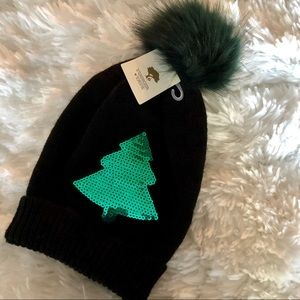Sequin Christmas Tree Faux Fur Pom Beanie. NWT